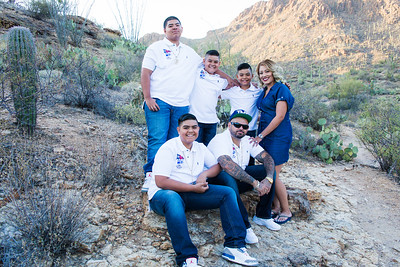 Mendoza family at Gates Pass Tucson, Arizona April 10, 2017. (c) Amanda Bynum Photography (520)444-0997 amandajbynum@gmail.com www.amandabynum.com