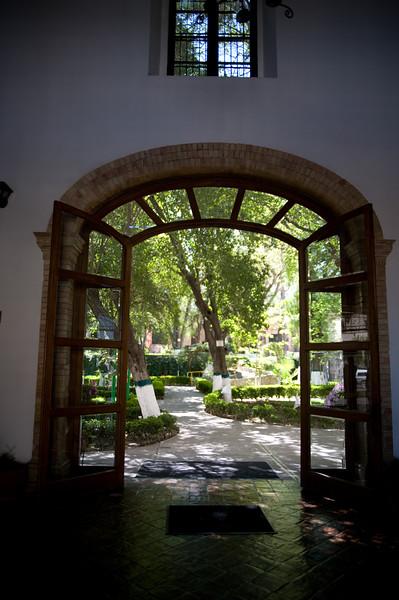 Monterrey0209-1200.jpg
