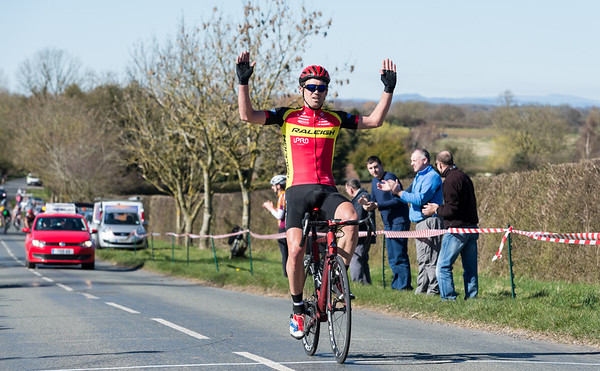 EVESHAM VALE ROAD RACE MARCH 16TH