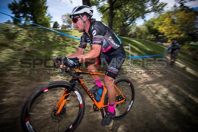 cyclocross_cycling_shimano_INTERLOCKEN_CX-9709