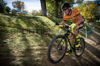 cyclocross_cycling_shimano_INTERLOCKEN_CX-9753