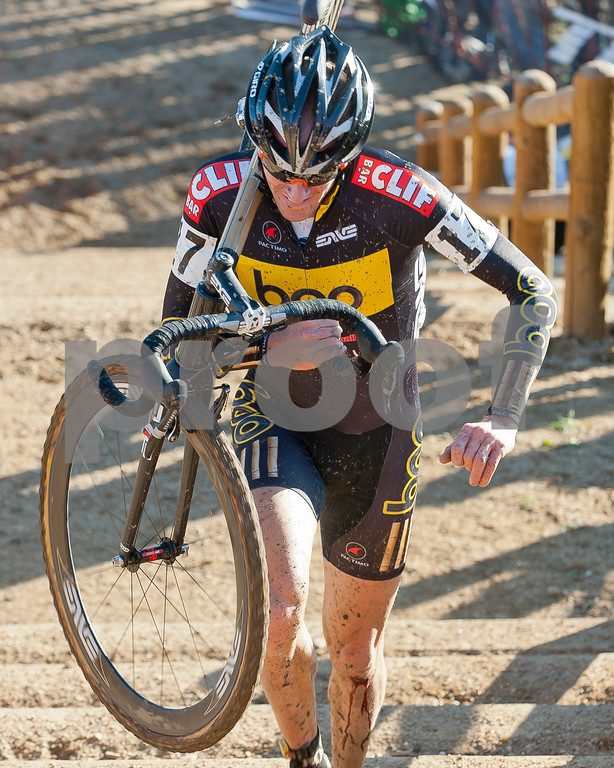 BOULDER_CUP_VICTORY CIRCLE_CX-1892