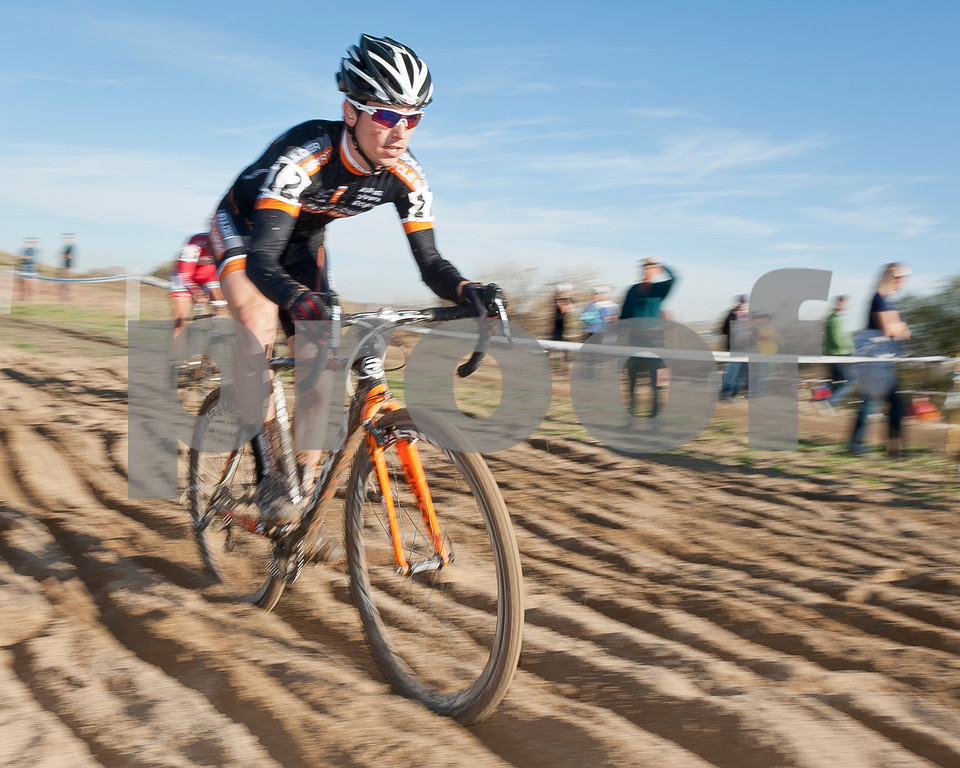 BOULDER_CUP_VICTORY CIRCLE_CX-4874