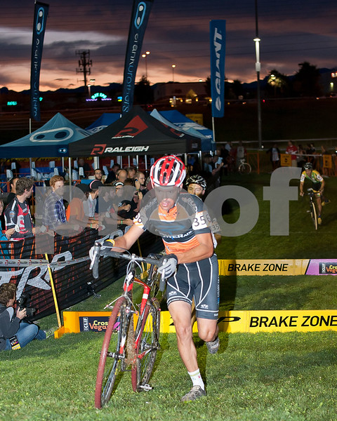 CrossVegas_CX-6297