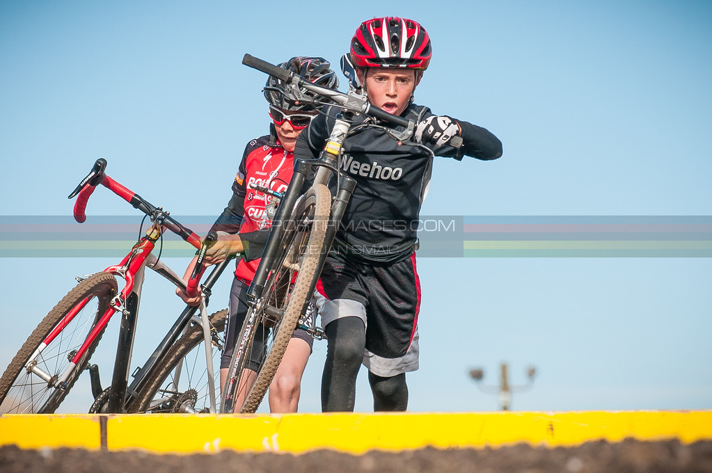 QUARTER_MILE_CROSS_AT_BANDIMERE_CX-5755