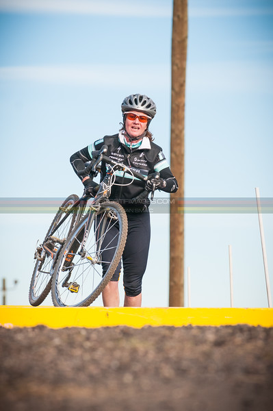 QUARTER_MILE_CROSS_AT_BANDIMERE_CX-5359