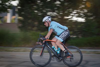 cycling_TUESDAY_NIGHT_THUNDER-7488