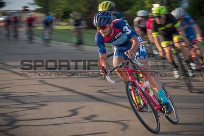 cycling_TUESDAY_NIGHT_THUNDER-7538