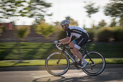 cycling_TUESDAY_NIGHT_THUNDER-7480