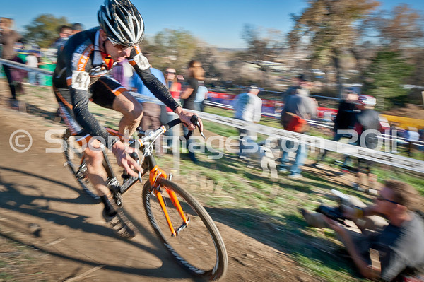 BOULDER_CUP_VICTORY CIRCLE_CX-4972