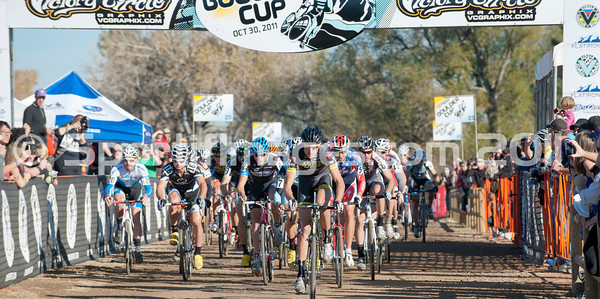 BOULDER_CUP_VICTORY CIRCLE_CX-1852