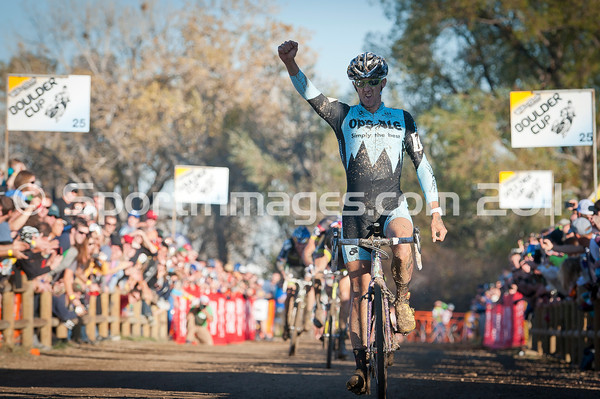 BOULDER_CUP_VICTORY CIRCLE_CX-1997