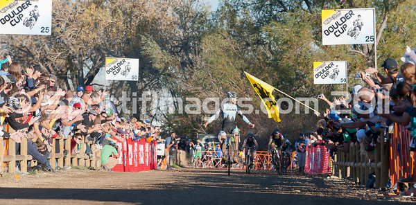 BOULDER_CUP_VICTORY CIRCLE_CX-1988