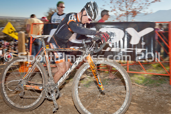 BOULDER_CUP_VICTORY CIRCLE_CX-4915