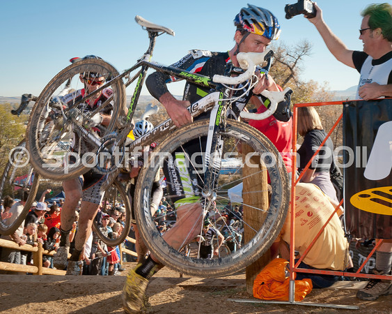 BOULDER_CUP_VICTORY CIRCLE_CX-4908