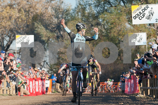 BOULDER_CUP_VICTORY CIRCLE_CX-1994