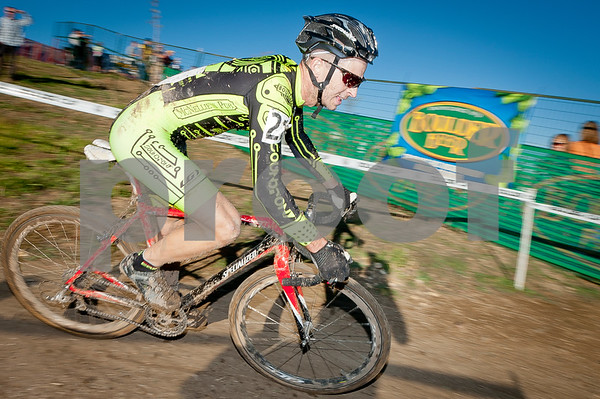 BOULDER_CUP_VICTORY CIRCLE_CX-4974