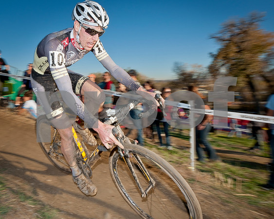 BOULDER_CUP_VICTORY CIRCLE_CX-4979
