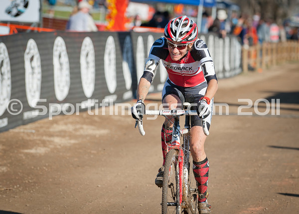 BOULDER_CUP_VICTORY CIRCLE_CX-1788