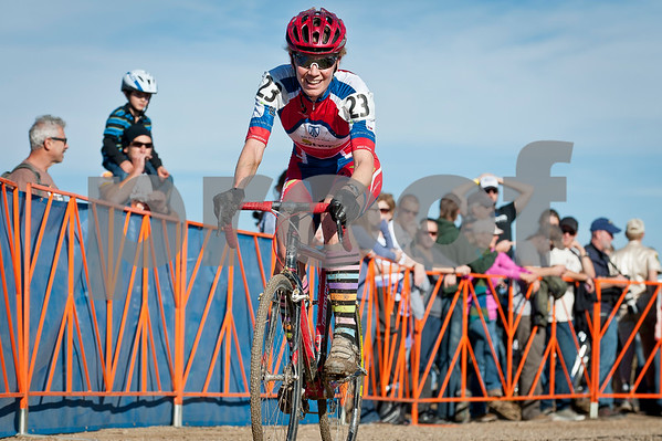 BOULDER_CUP_VICTORY CIRCLE_CX-1763