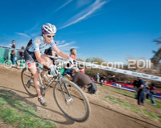 BOULDER_CUP_VICTORY CIRCLE_CX-4781