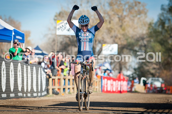 BOULDER_CUP_VICTORY CIRCLE_CX-1808