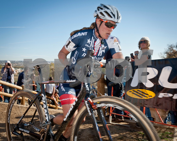 BOULDER_CUP_VICTORY CIRCLE_CX-4693
