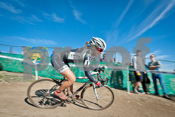 BOULDER_CUP_VICTORY CIRCLE_CX-4762