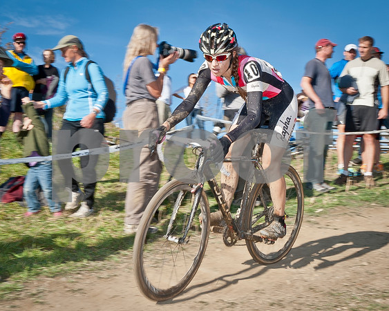BOULDER_CUP_VICTORY CIRCLE_CX-4751