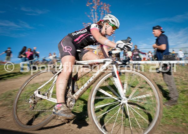 BOULDER_CUP_VICTORY CIRCLE_CX-4797