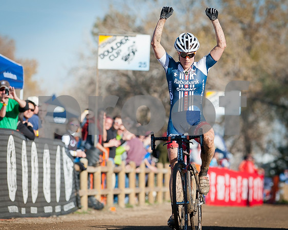 BOULDER_CUP_VICTORY CIRCLE_CX-1807