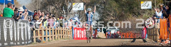 BOULDER_CUP_VICTORY CIRCLE_CX-1797