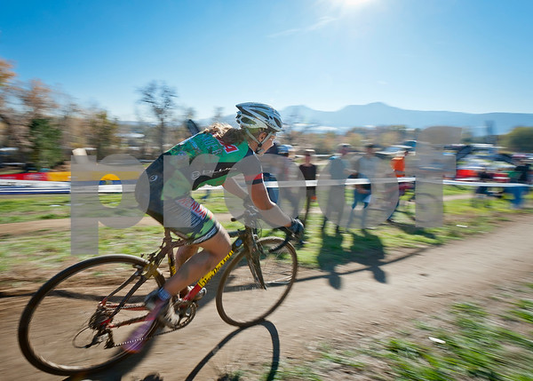 BOULDER_CUP_VICTORY CIRCLE_CX-4776