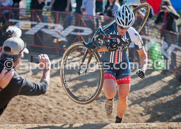 BOULDER_CUP_VICTORY CIRCLE_CX-1687