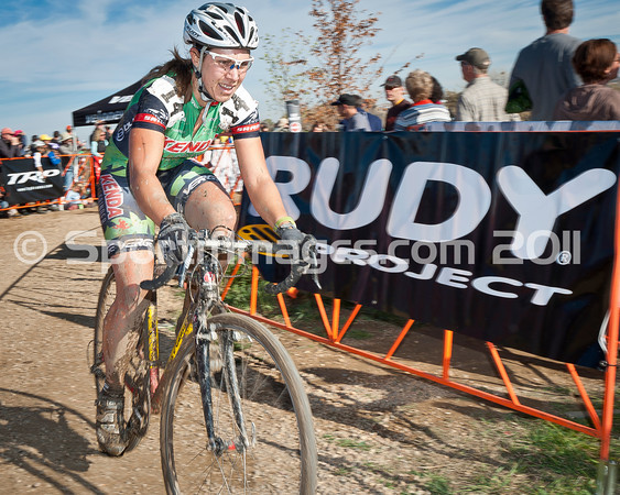 BOULDER_CUP_VICTORY CIRCLE_CX-4718