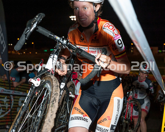 CrossVegas_CX-6423