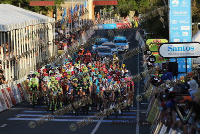 2016 Santos Tour Dow Under . Peoples Choice Classic. East Parklands in Adelaide. Australia. Sunday 17/01/2016. Caleb EWAN riding for Orica Green Edge Team (Aus) won the close sprint to claim the 51 circuit race. © ATP / Damir IVKA