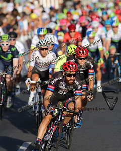 2016 Santos Tour Dow Under . Peoples Choice Classic. East Parklands in Adelaide. Australia.Sunday 17/01/2016.Caleb EWAN riding for Orica Green Edge Team (Aus) won the close sprint to claim the 51 circuit race.Simon GESCHKE (Ger) team Gaint-Alpacin (Ger).© ATP / Damir IVKA