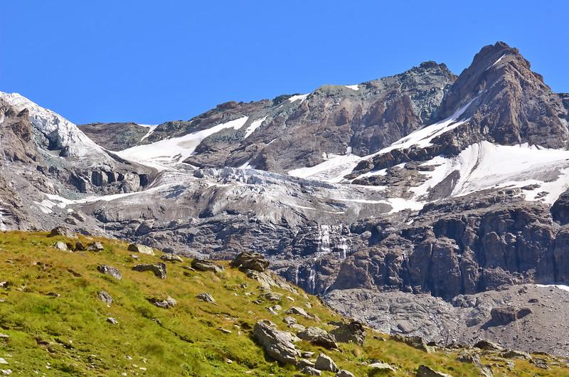 Grande Tete de By and Sonadon Glacier