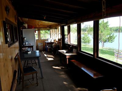 Cabin09