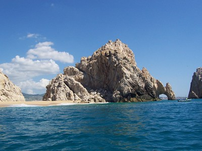 The Cabo San Lucas arch from the Pacific side