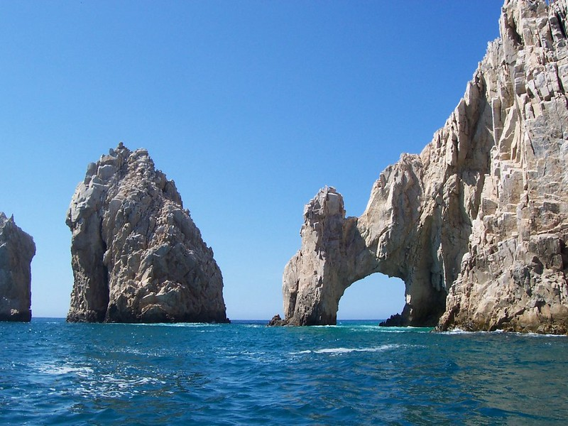Another picture of the Cabo San Lucas Arch