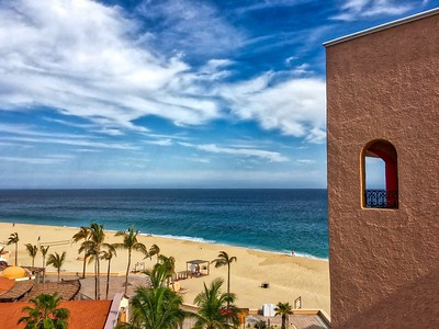 A Cabo View