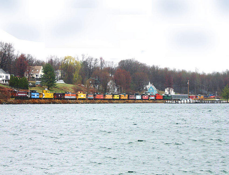 <strong>Caboose Train:</strong>  Along the Lake In Lakeport, NH