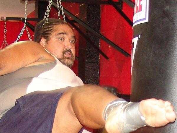 Body kick from a 365 lb man