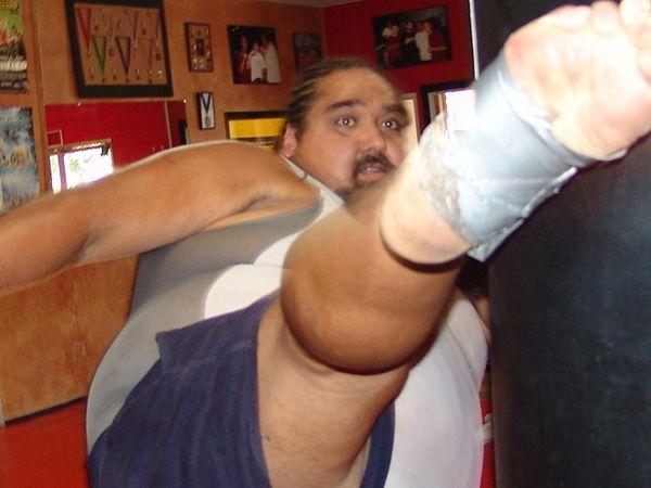 Head kick from a 365 lb man