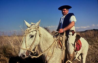 Hombre de a caballo