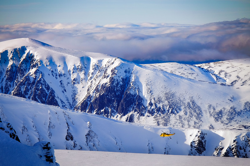 Rescue over the Northern Corries