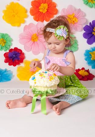 Amelia_Cake_Smash