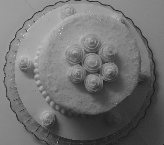 Elegant ribbon rose cake
